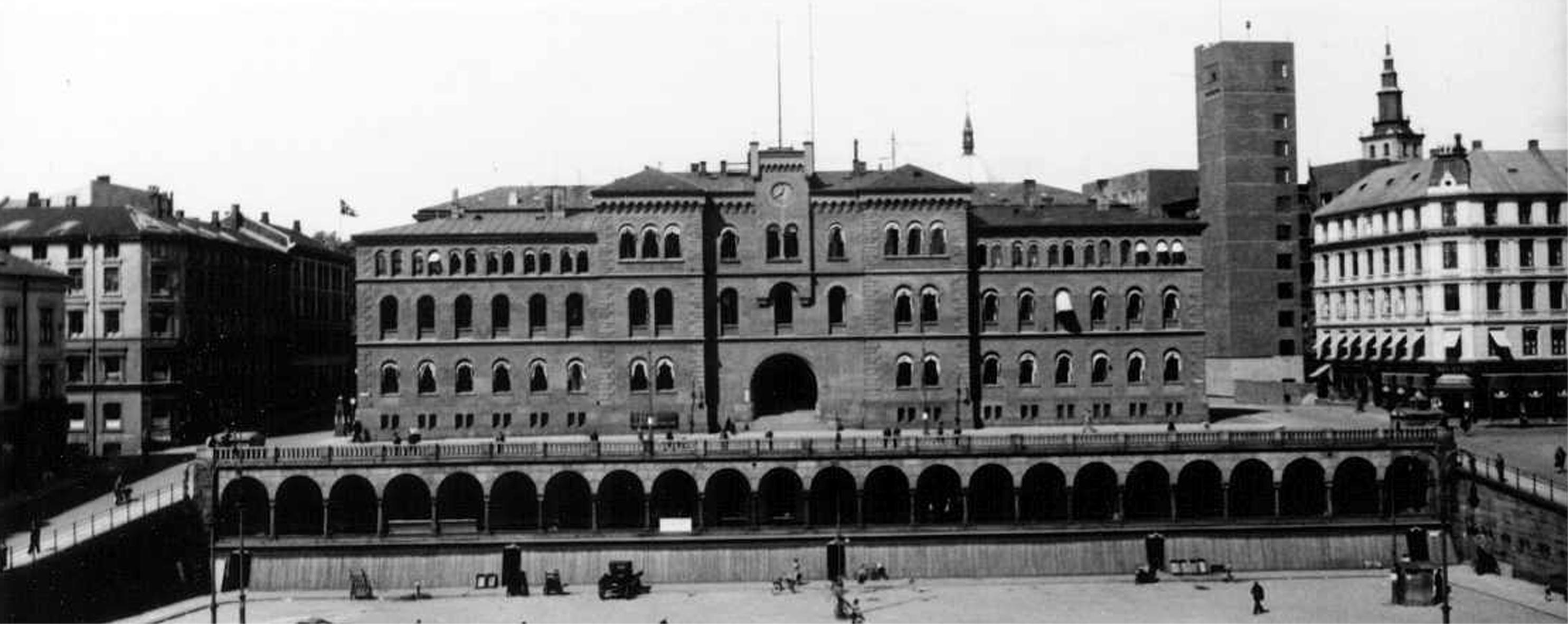 Yongstorget-med-nr.-19-1942